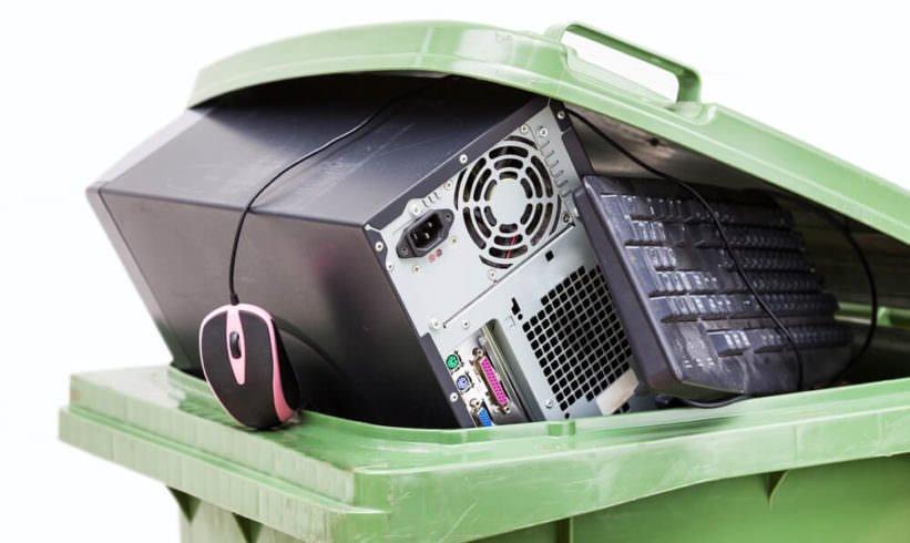 Effective Ways to Reduce E-Waste Image - AGR