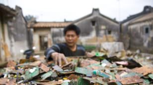 e-waste-problem-image