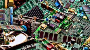 recycling-computer-parts-image