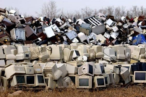 Dumping in Landfill Image - AGR