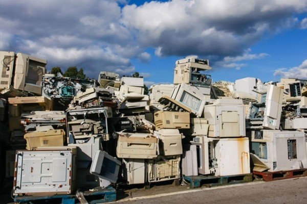 What is the Cause of Electronic Waste Image - AGR